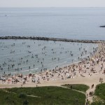 The beach in Constanta: Standing room only.